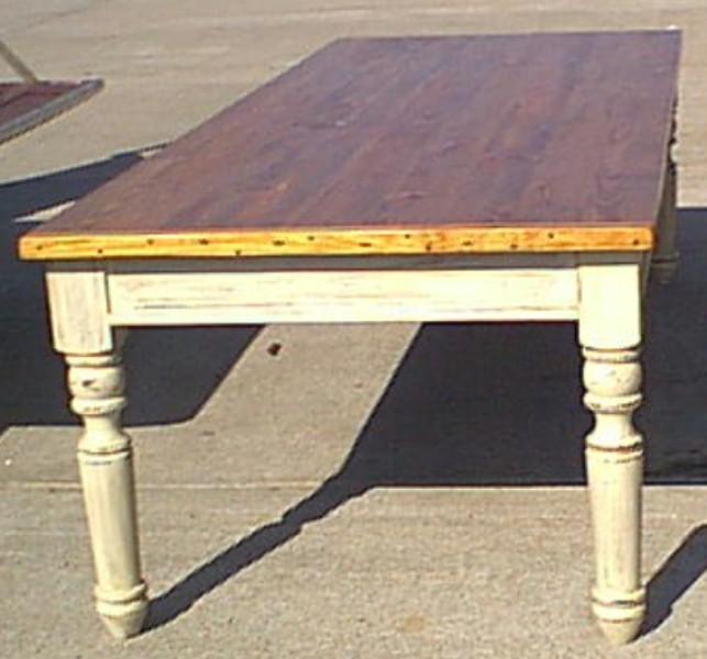 Harvest tables are built any size